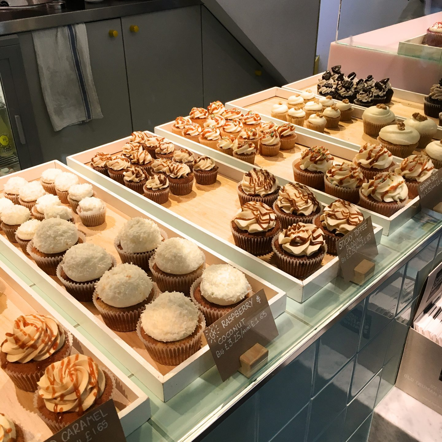 A spot of Heaven in Soho: Crumbs and Doilies