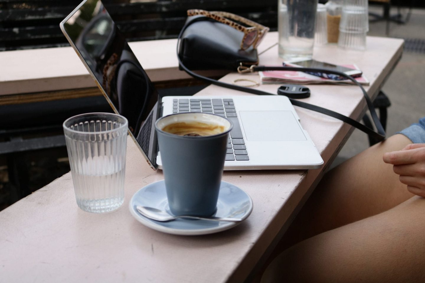 Working From Home: How To Stay Productive and Avoid Snacking